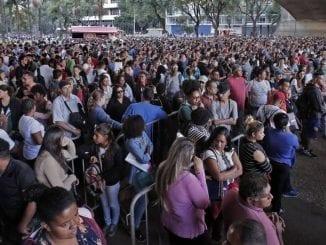 Estudo divulgado pela Folha de São Paulo neste domingo revela que até 12,6 milhões podem perder o emprego na crise do coronavírus.