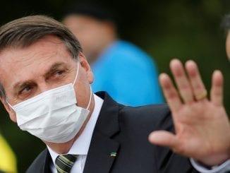 """Vídeo de reunião ministerial apresentado hoje mostra Bolsonaro chamando João Doria de """"bosta"""" e dizendo que pessoas do governo do Rio eram """"estrume""""."""