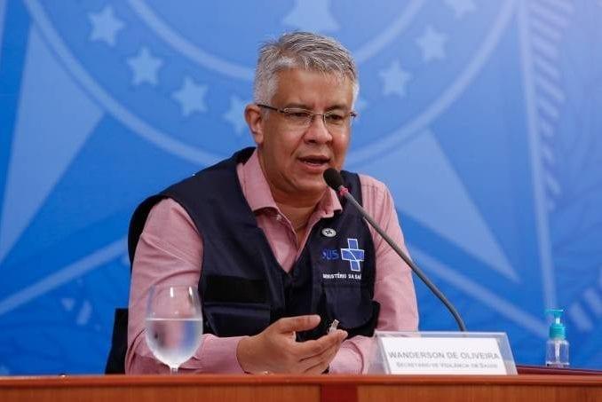Braço direito do ex-ministro Mandetta, o secretário Wanderson Oliveira vai deixar Ministério da Saúde nesta segunda-feira.